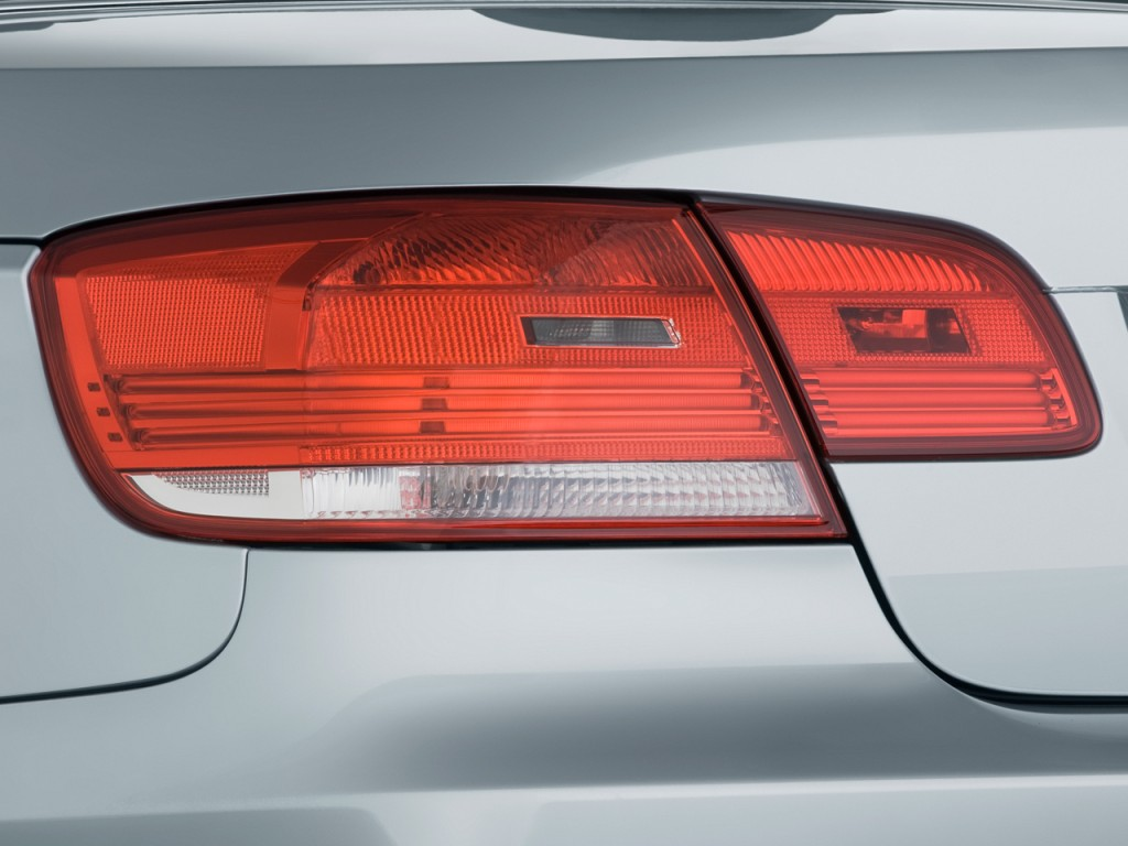 Image 2011 Bmw M3 2 Door Convertible Tail Light Size