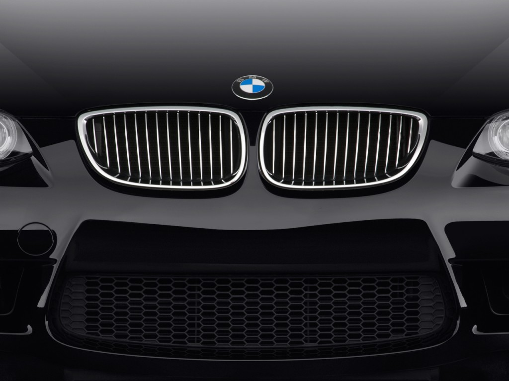 2011 BMW M3 2-door Coupe Grille