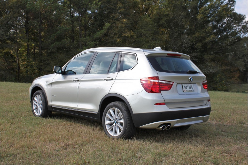 BMW Giving Away 2-Year 2011 X3 Lease In Facebook Contest