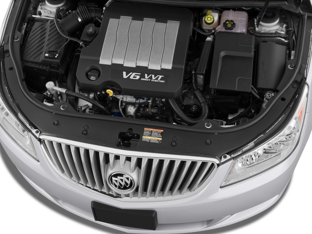 2011 Buick LaCrosse 4-door Sedan CX Engine
