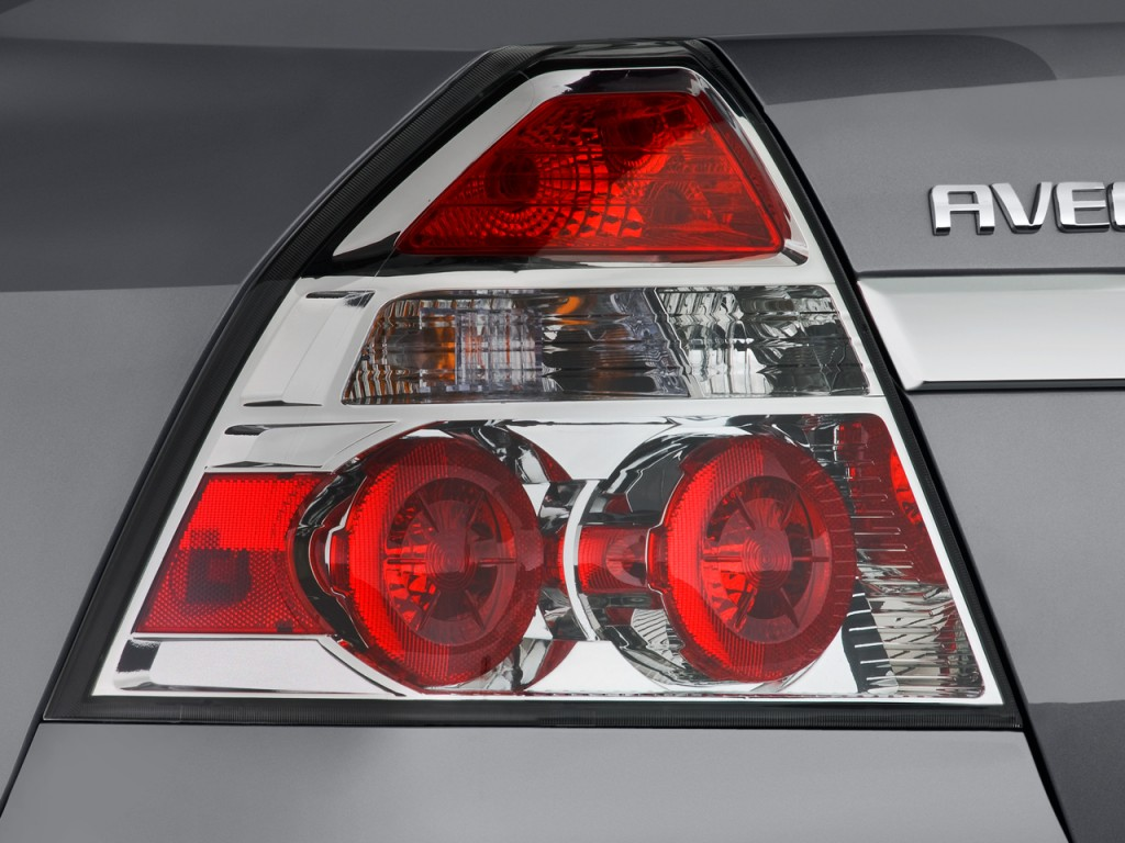 image 2011 chevrolet aveo 4 door sedan ls tail light. Black Bedroom Furniture Sets. Home Design Ideas