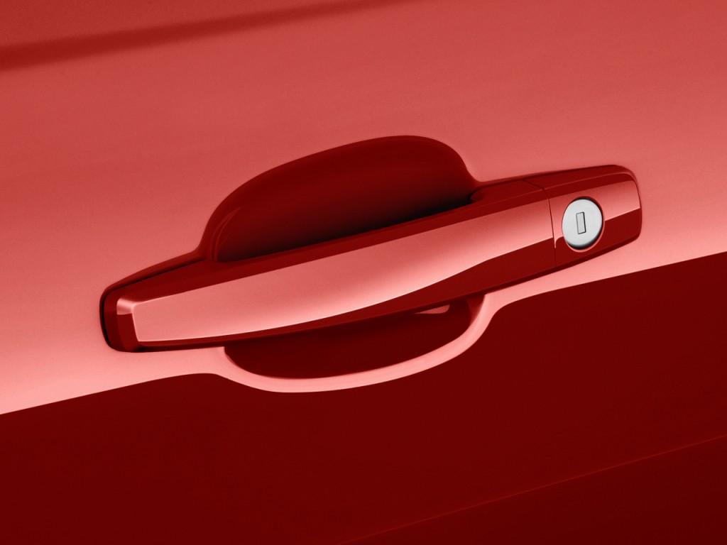 Image 2011 Chevrolet Camaro 2 Door Coupe 2ss Door Handle