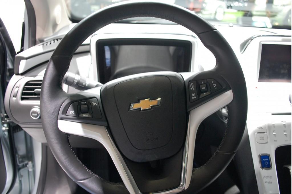2011 Chevrolet Volt cabin