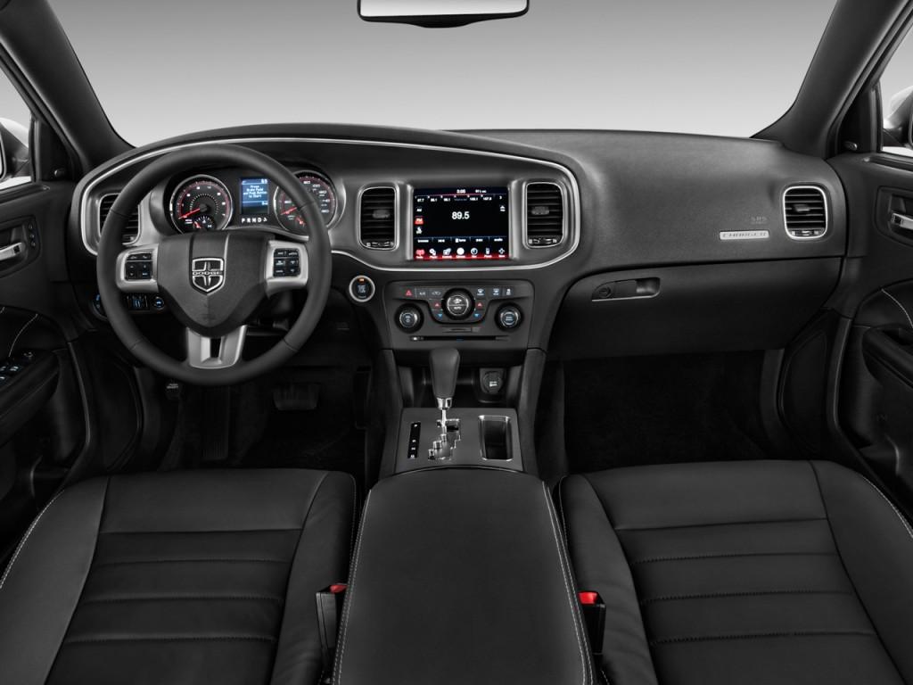 Image 2011 Dodge Charger 4 Door Sedan Rt Max Rwd