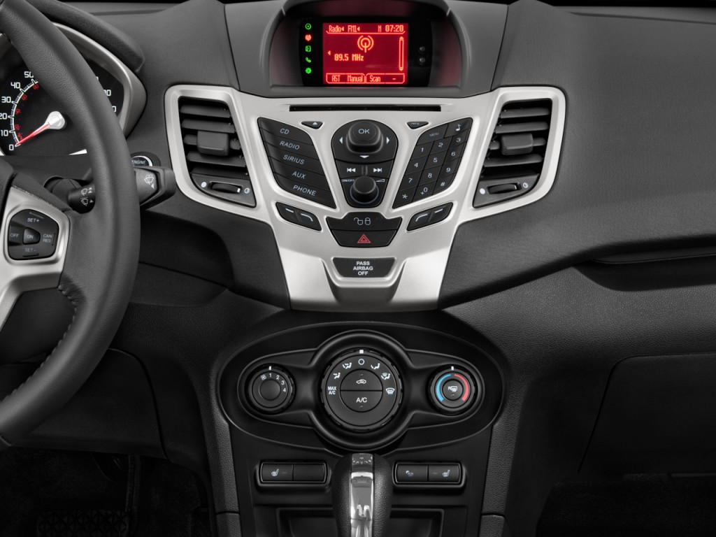 2016 Ford Super Duty >> Image: 2011 Ford Fiesta 4-door Sedan SEL Instrument Panel ...