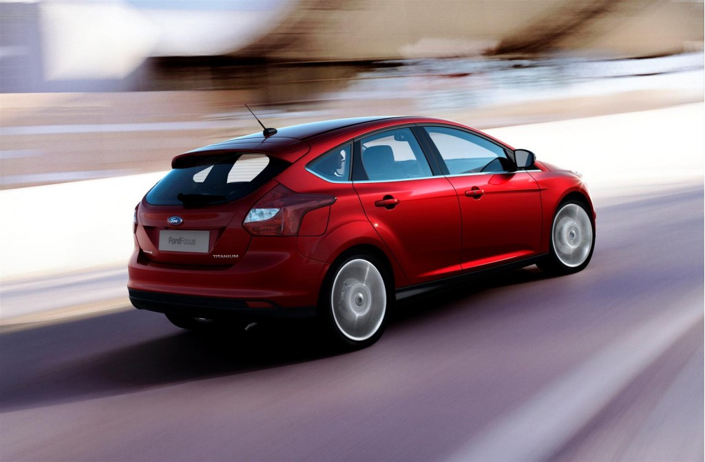 2012 Ford Focus, Toyota Prius Win Best Car To Buy Awards