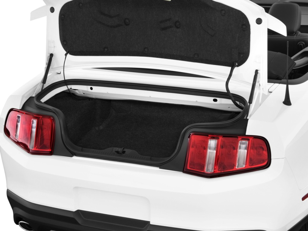 2000 ford fusion trunk space. Black Bedroom Furniture Sets. Home Design Ideas