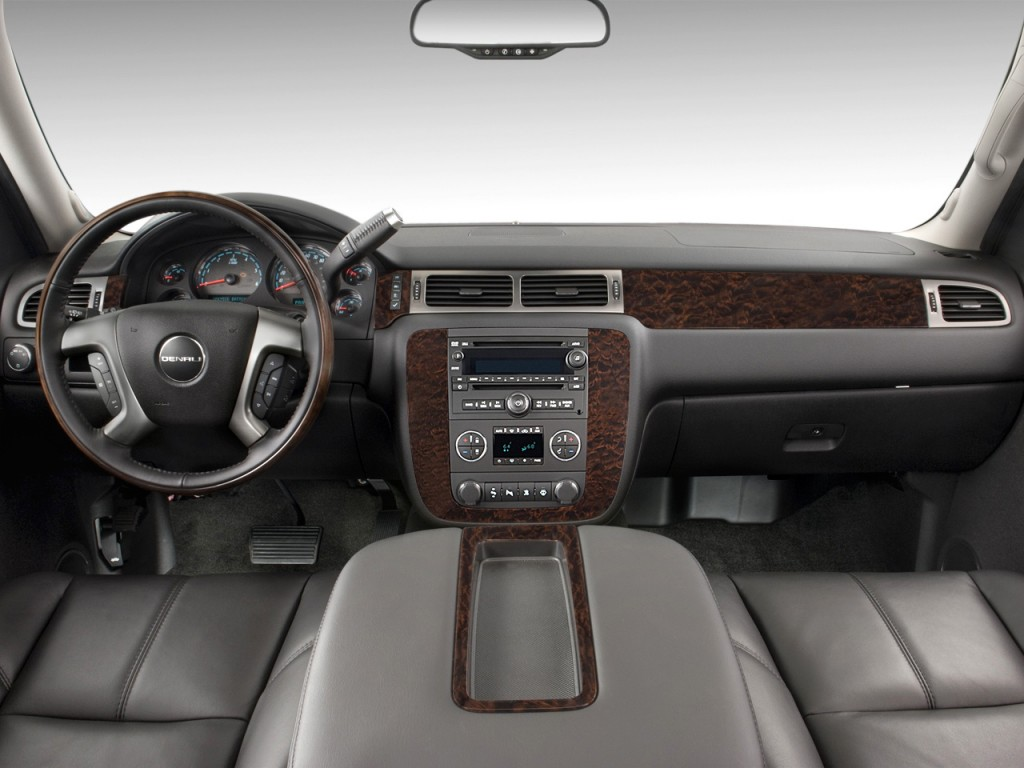 image 2011 gmc yukon xl 2wd 4 door 1500 denali dashboard. Black Bedroom Furniture Sets. Home Design Ideas