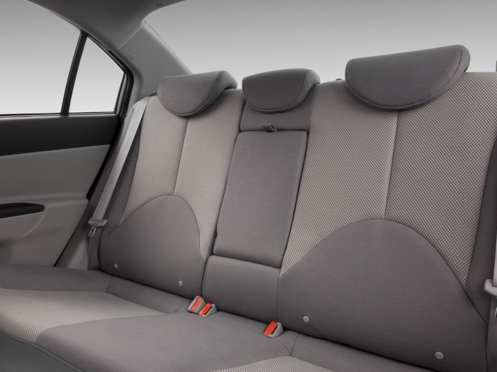 Image 2011 Hyundai Accent 4 Door Sedan Auto Gls Rear