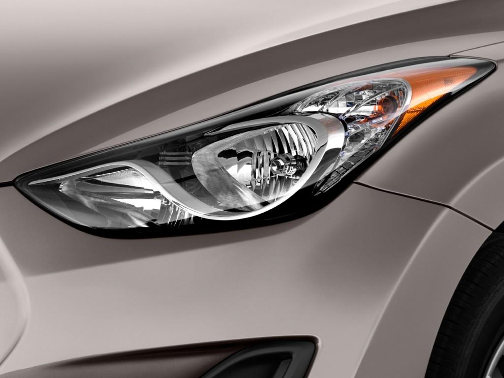 Image  2011 Hyundai Elantra Headlight  Size  1024 X 768  Type  Gif  Posted On  March 31  2011