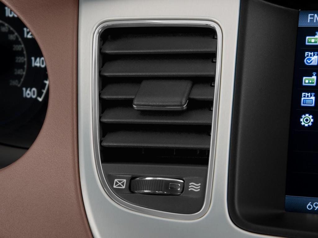 Image 2011 Hyundai Genesis 4 Door Sedan V8 Air Vents