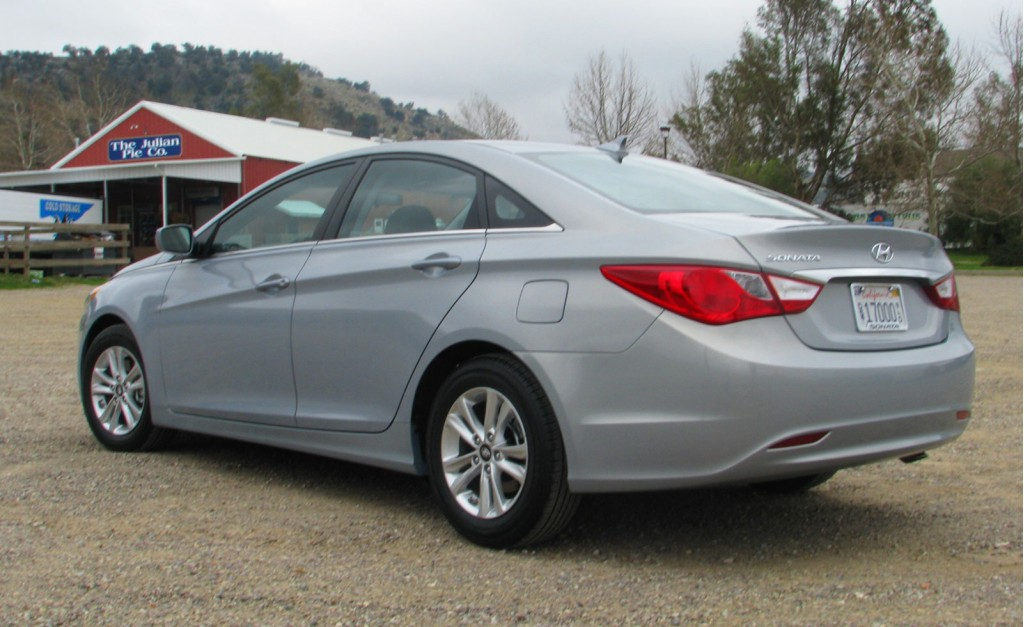Image 2011 Hyundai Sonata First Drive Size 1024 X 627 Type Gif Posted On February 22