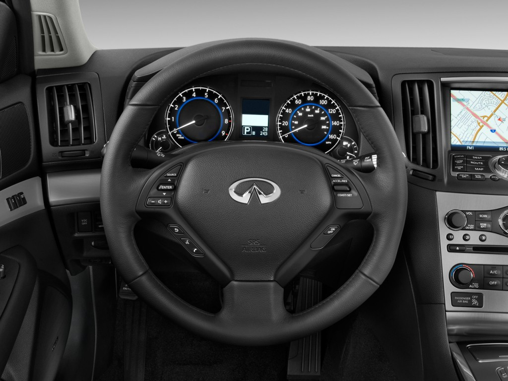infiniti steering wheel Gallery