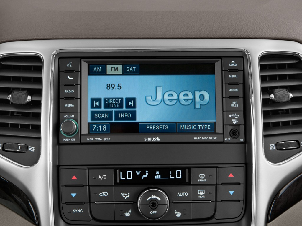 Used Infiniti Q60 >> Image: 2011 Jeep Grand Cherokee 4WD 4-door Laredo Audio ...