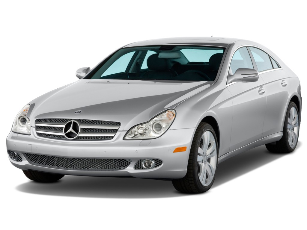 2011 Mercedes-Benz CLS Class 4-door Sedan 5.5L Angular Front Exterior View