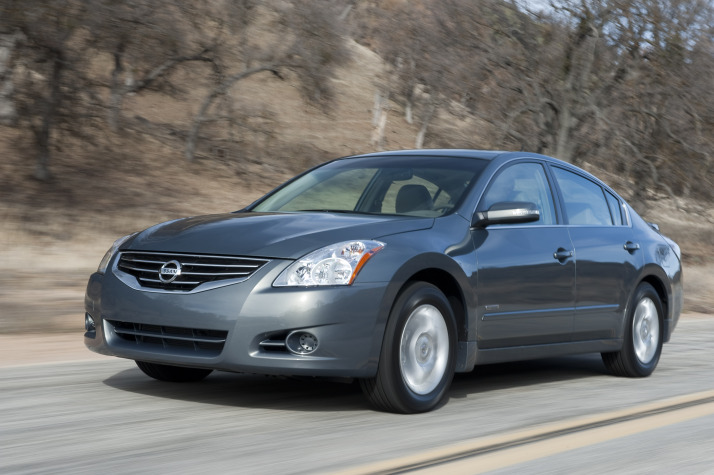 Altima Hybrid Axed From Nissan's 2012 Lineup
