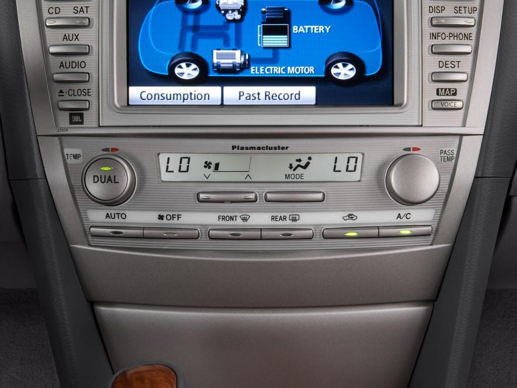 Temperature Controls 2011 Toyota Camry Hybrid 4 door Sedan (Natl) #026CC9