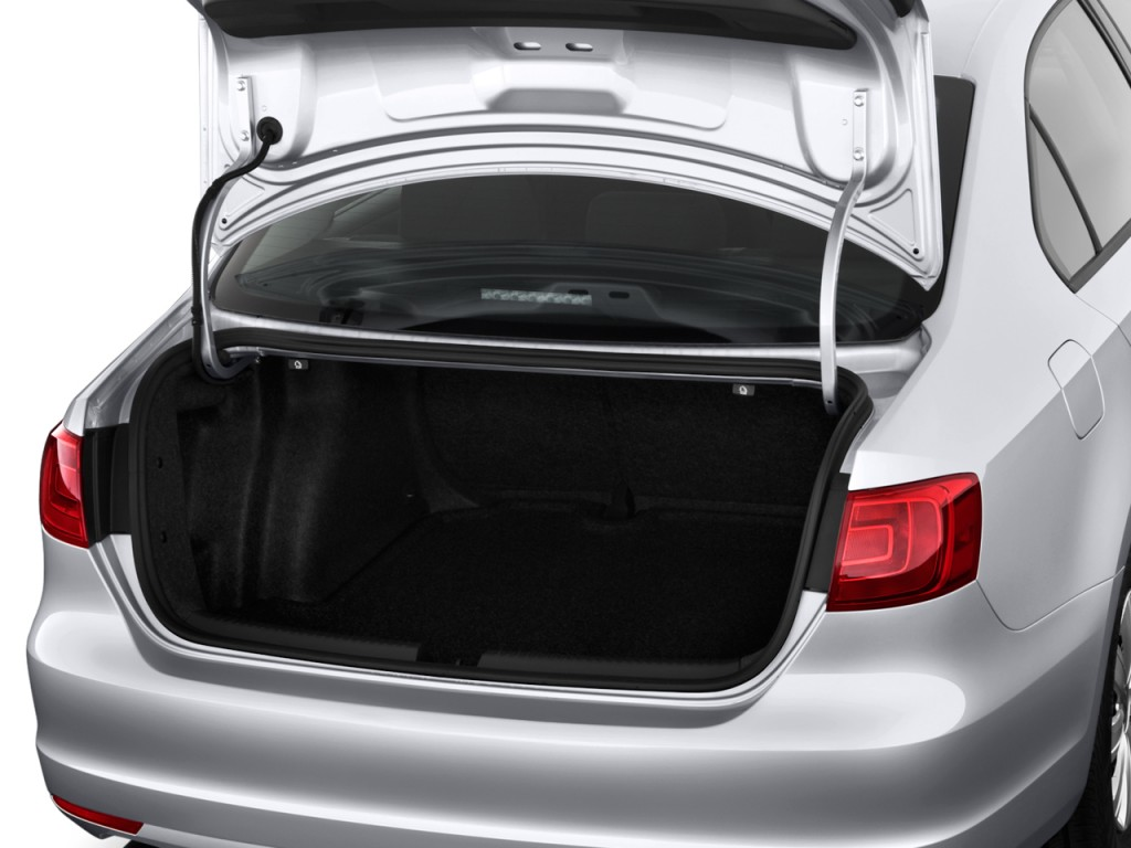 Image 2011 Volkswagen Jetta Sedan 4 Door Auto S Trunk