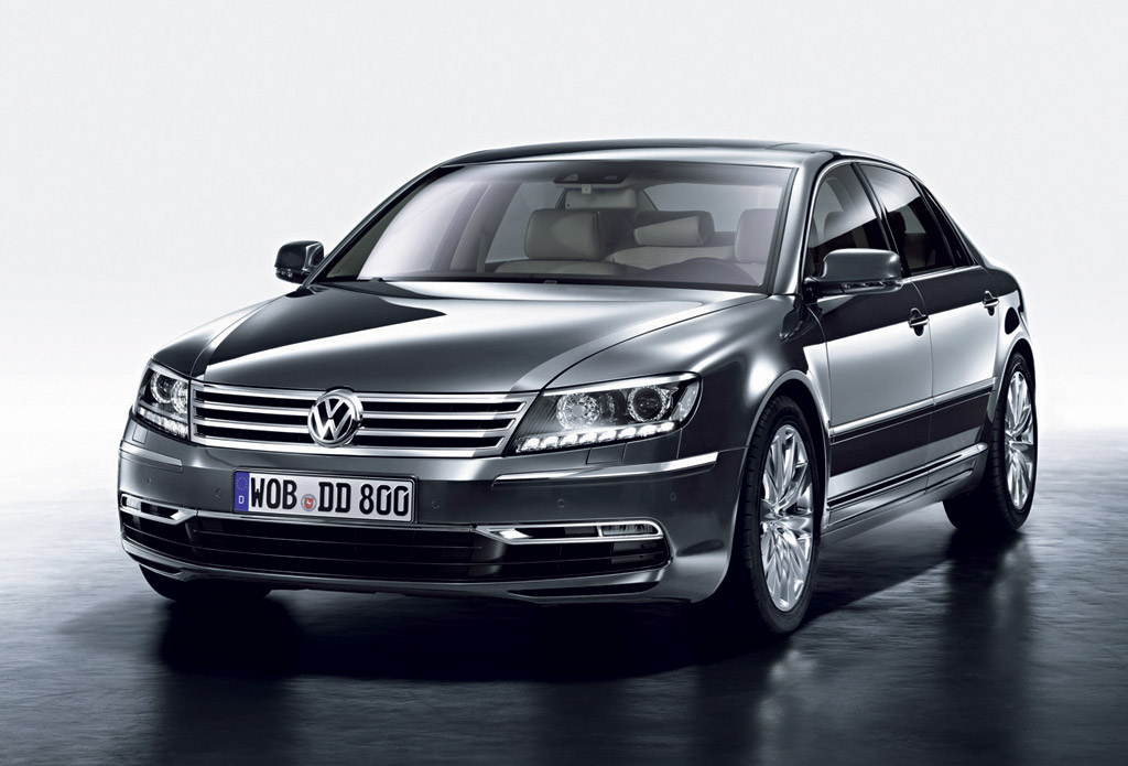 next volkswagen phaeton to go electric as vw slashes. Black Bedroom Furniture Sets. Home Design Ideas