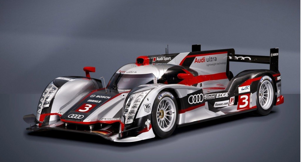 2012 Audi R18 ultra LMP1 race car