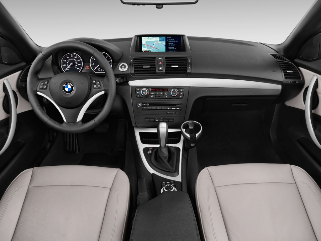 image  bmw  series  door convertible  dashboard size    type gif posted