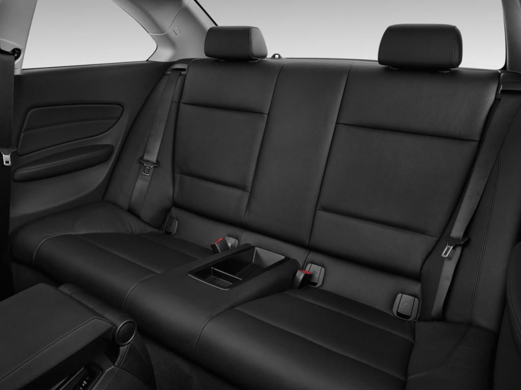 Image: 2012 BMW 1-Series 2-door Coupe 135i Rear Seats ...