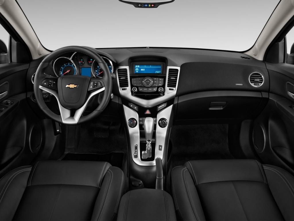 Image 2012 Chevrolet Cruze 4 Door Sedan Ltz Dashboard