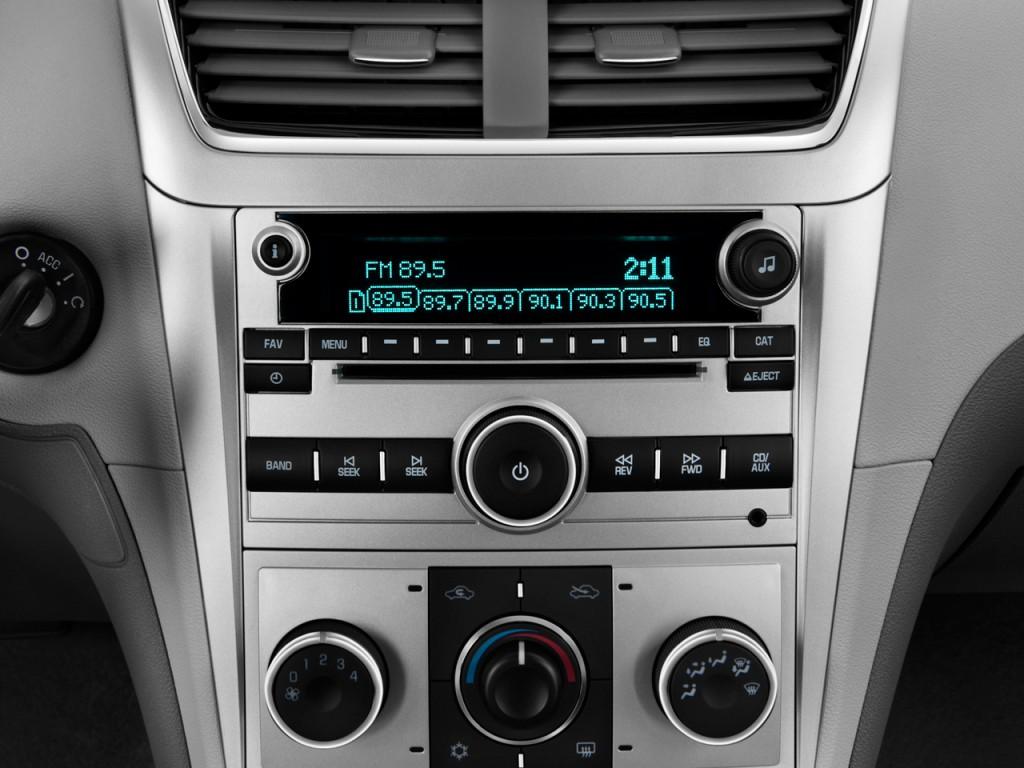 image 2012 chevrolet malibu 4 door sedan ls w 1ls audio. Black Bedroom Furniture Sets. Home Design Ideas