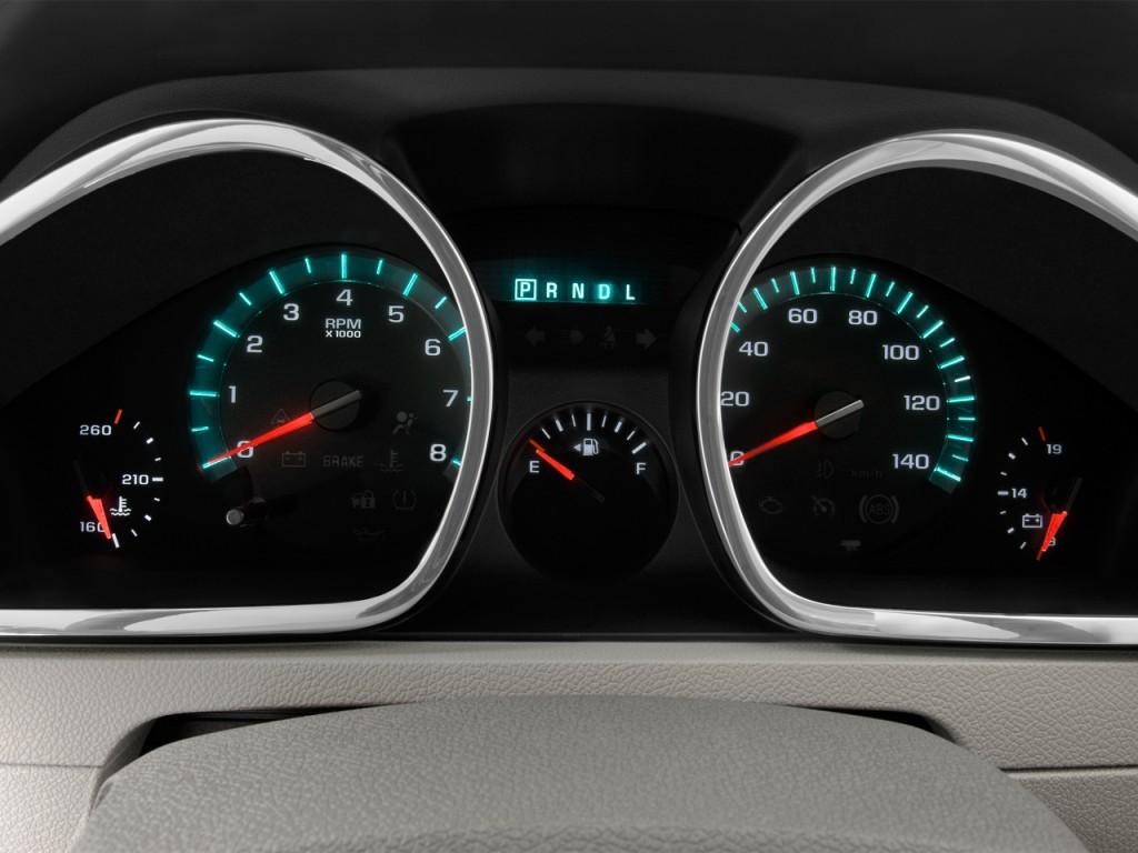 Image: 2012 Chevrolet Traverse FWD 4-door LT w/1LT Instrument Cluster ...