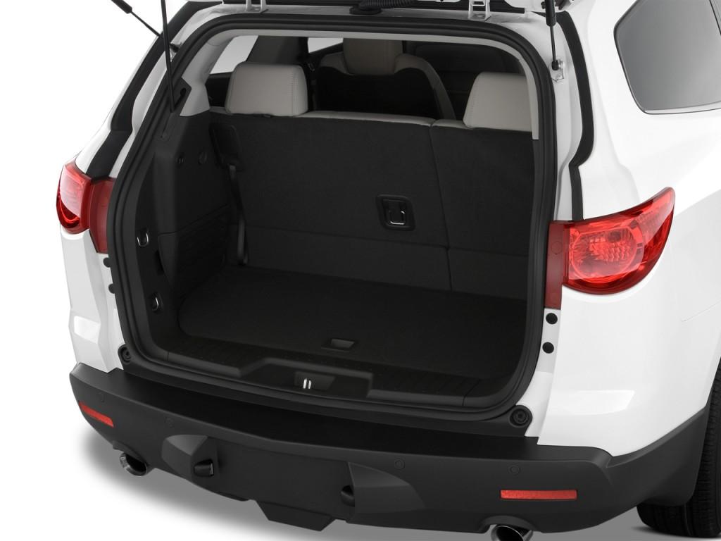 Image 2012 Chevrolet Traverse Fwd 4 Door Ltz Trunk Size