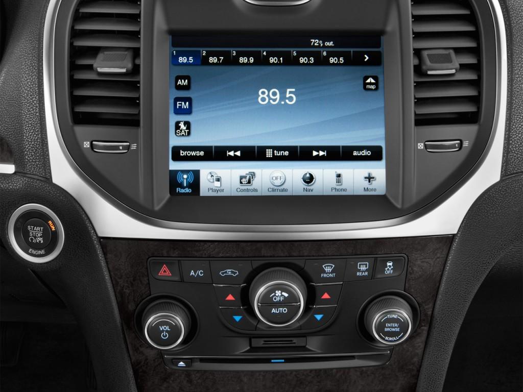 Image 2012 Chrysler 300 4 Door Sedan V8 300c Rwd Audio