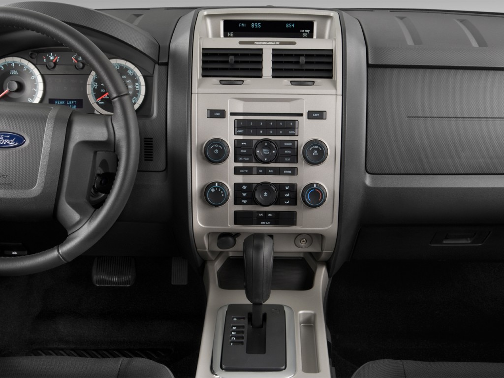 image 2012 ford escape 4wd 4 door xlt instrument panel. Black Bedroom Furniture Sets. Home Design Ideas
