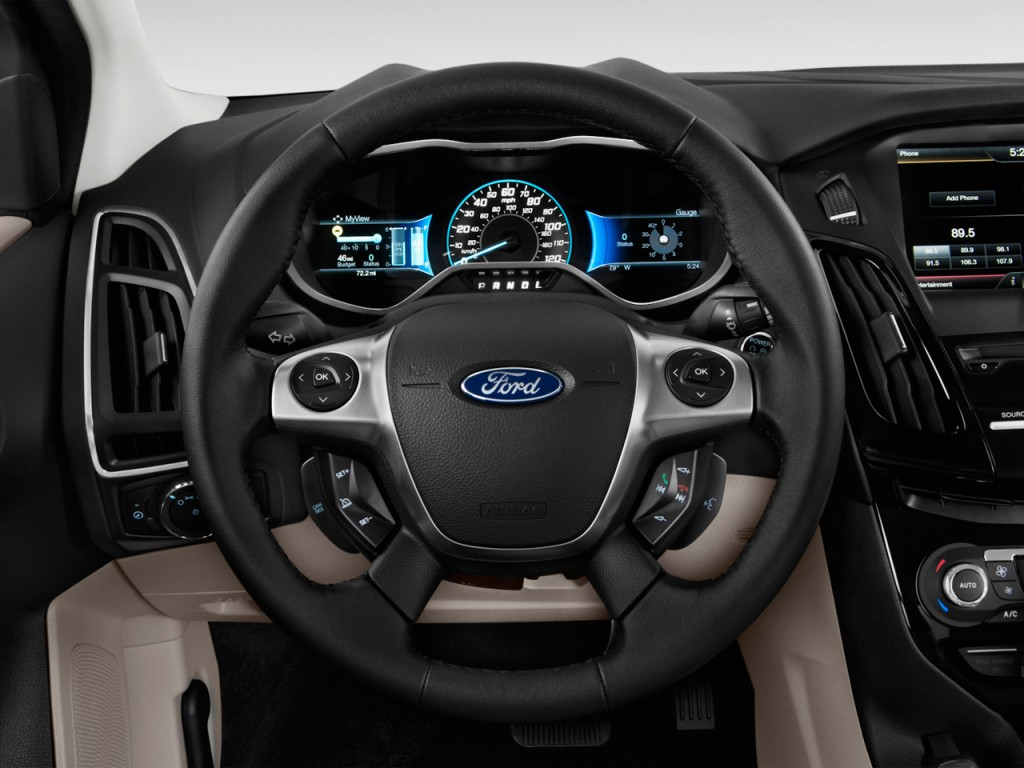 Image 2012 Ford Focus Electric 5dr Hb Steering Wheel
