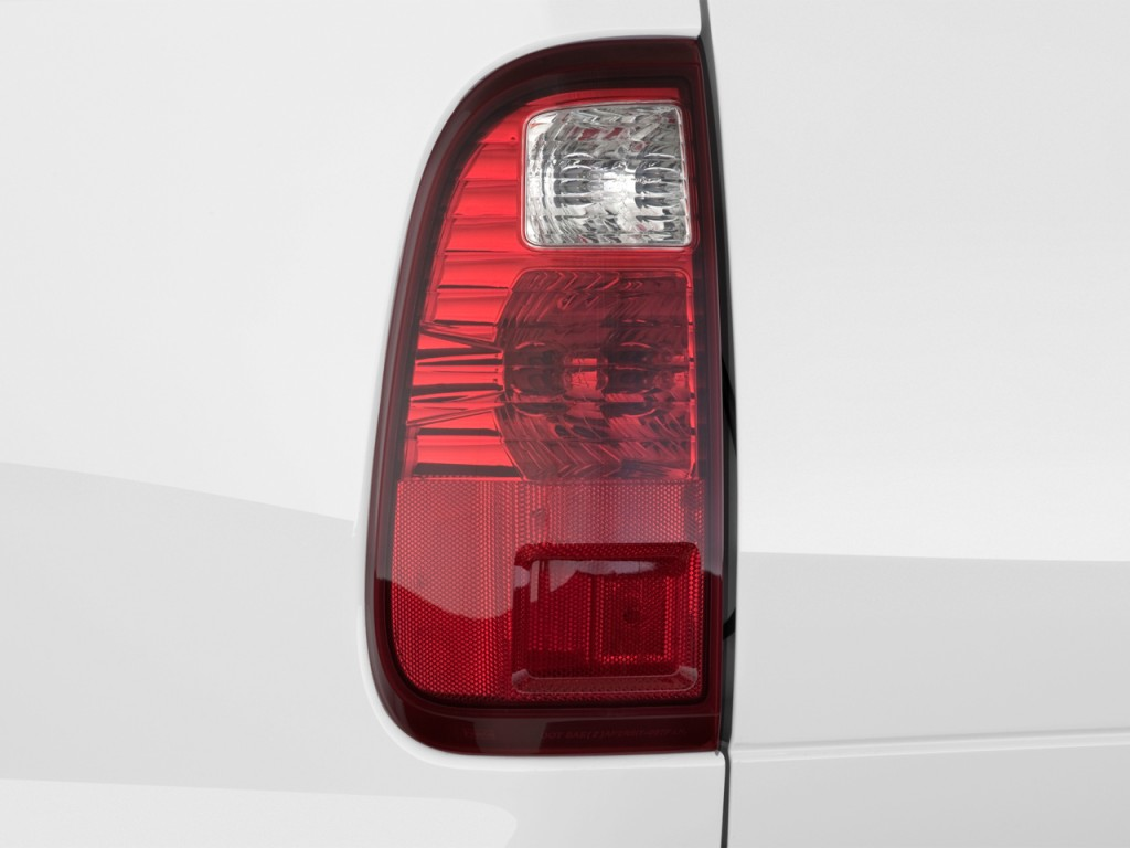 image 2012 ford super duty f 250 2wd crew cab 156 xlt. Black Bedroom Furniture Sets. Home Design Ideas