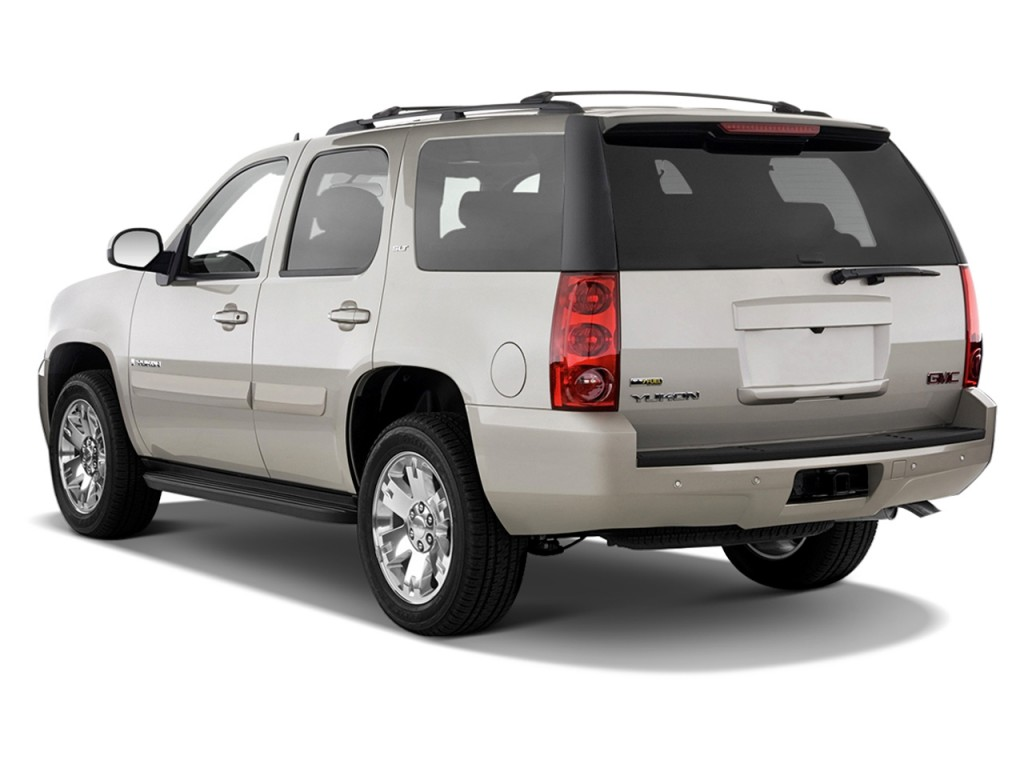 2012 GMC Yukon 2WD 4-door 1500 SLT Angular Rear Exterior View
