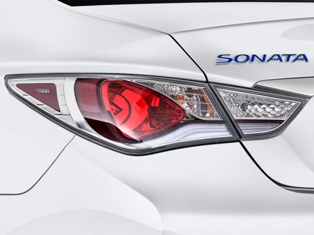Image 2012 Hyundai Sonata 4 Door Sedan 2 4l Auto Hybrid