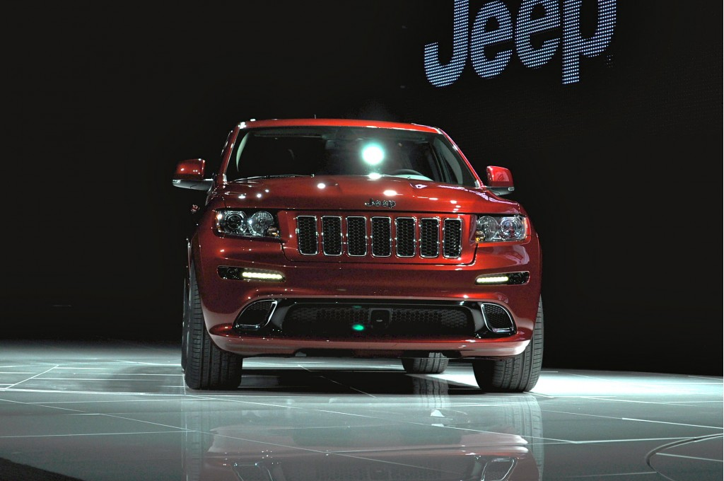 image 2012 jeep grand cherokee srt8 size 1024 x 680 type gif posted on april 20 2011 8. Black Bedroom Furniture Sets. Home Design Ideas