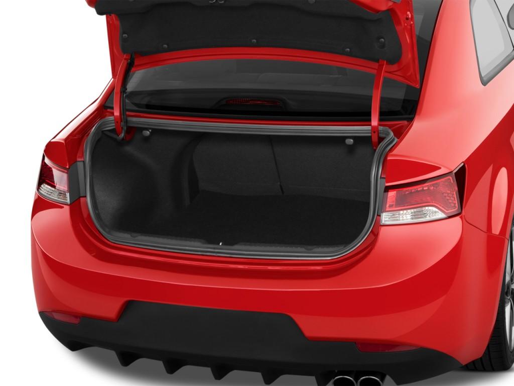 image 2012 kia forte koup 2 door coupe auto sx trunk. Black Bedroom Furniture Sets. Home Design Ideas