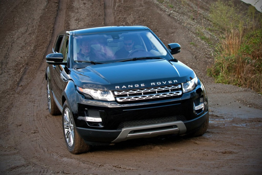 image 2012 land rover range rover evoque off road first. Black Bedroom Furniture Sets. Home Design Ideas