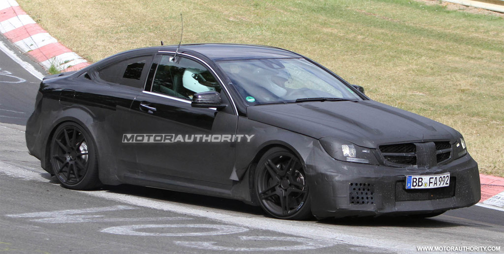 2012 mercedes benz c63 amg coupe black series spy shots for Mercedes benz amg c63 black series