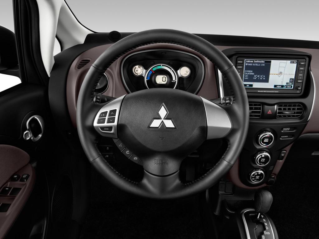 2012 Mitsubishi i-MiEV 4-door HB SE Steering Wheel