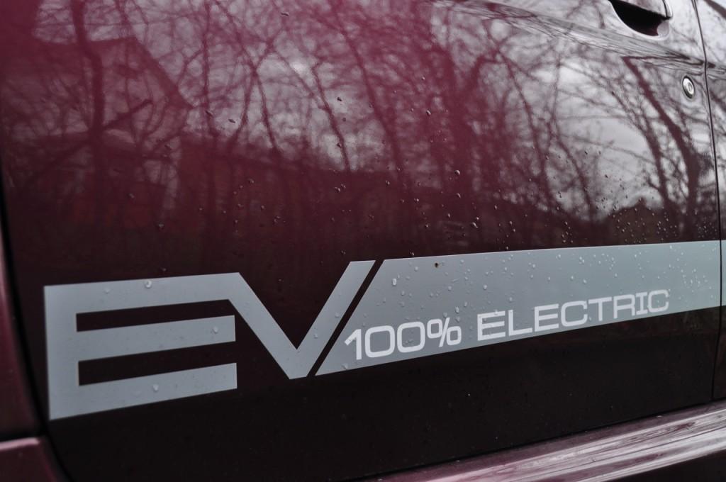 2012 Mitsubishi i-MiEV electric car [photo: Ben Rich]