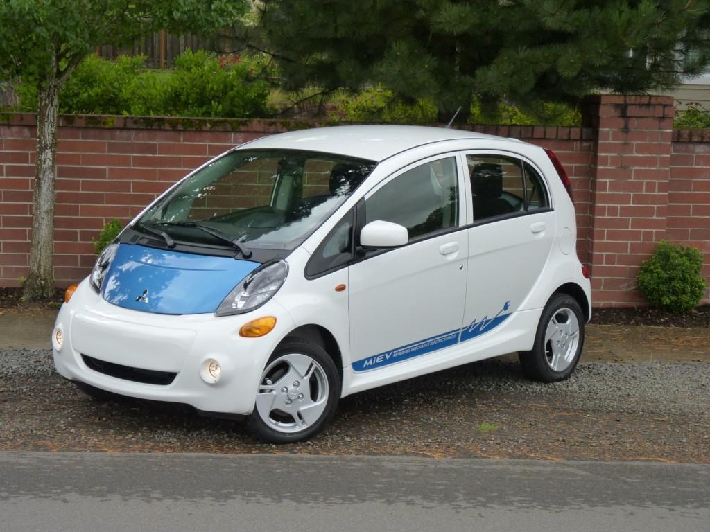 2012 Mitsubishi i  -  First Drive, U.S.-spec MiEV