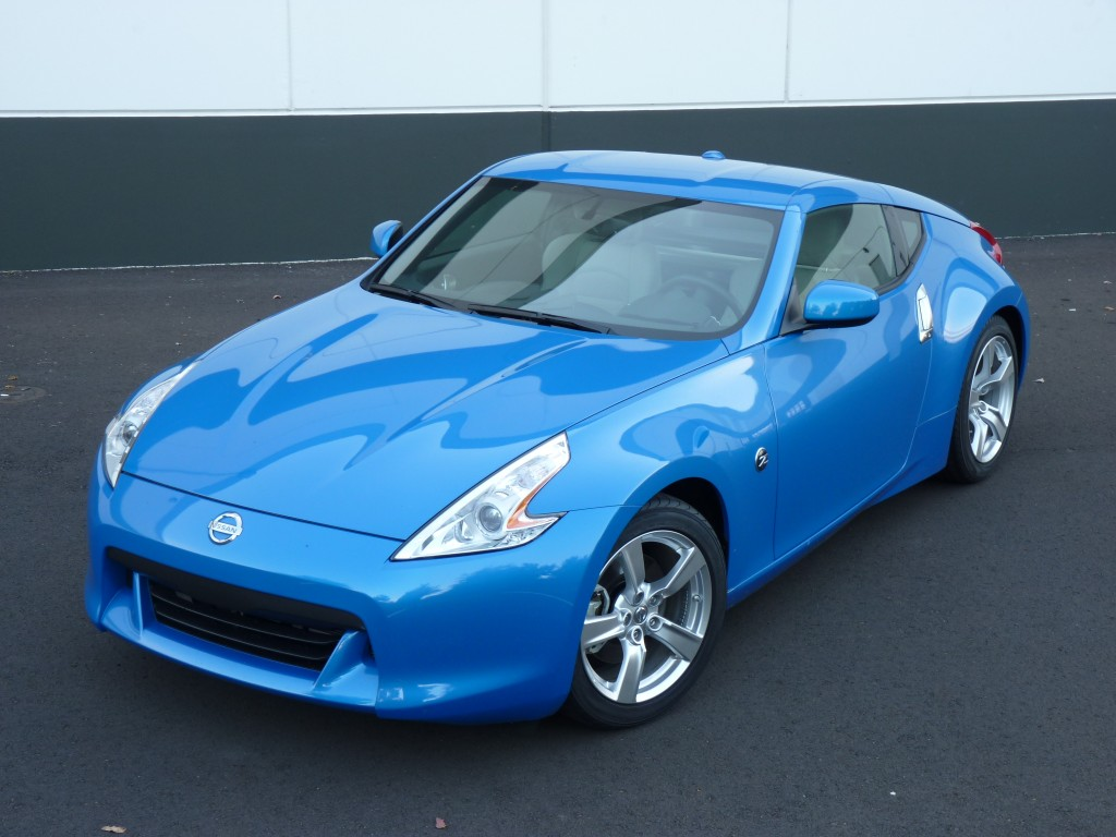 2012 Nissan 370Z  -  Driven, October 2011