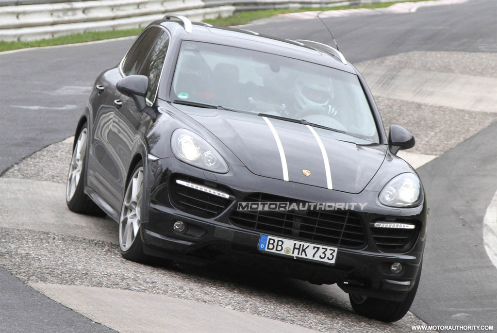 2012 porsche cayenne turbo s spy shots. Black Bedroom Furniture Sets. Home Design Ideas