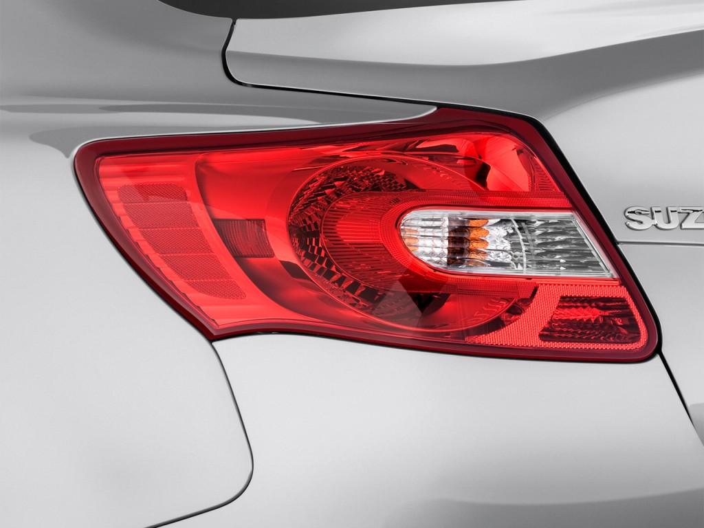 Image 2012 Suzuki Kizashi 4 Door Sedan Cvt Fwd Gts Sport