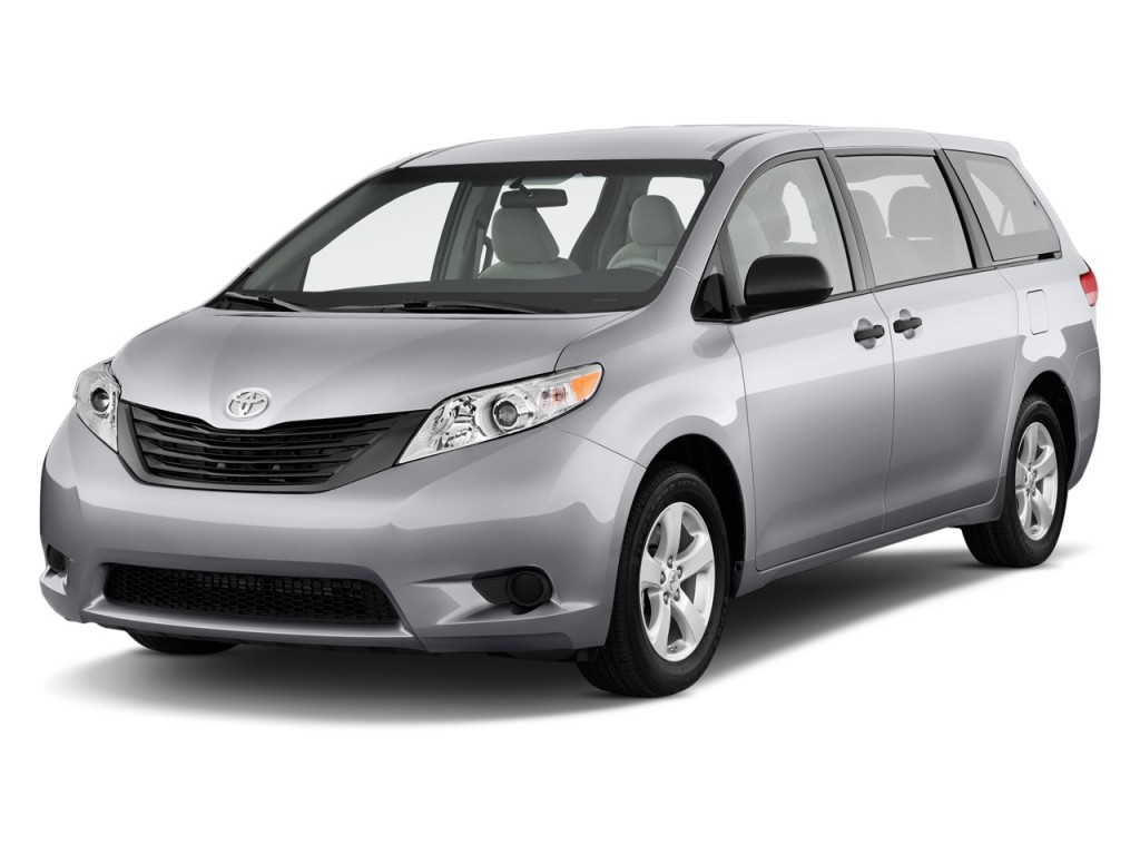 2012 Toyota Sienna 5dr 7-Pass Van V6 LE AAS FWD (Natl) Angular Front Exterior View