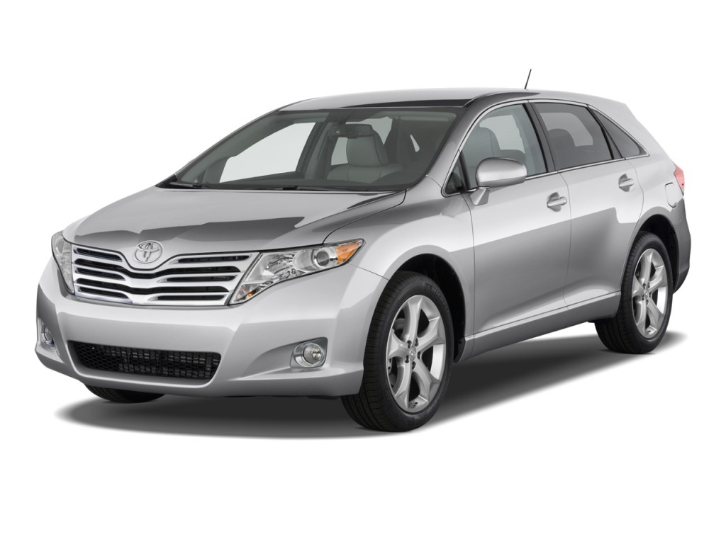 2012 Toyota Venza 4-door Wagon I4 FWD XLE (Natl) Angular Front Exterior View