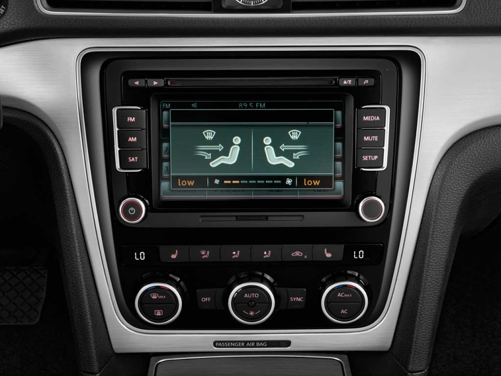Temperature Controls 2012 Volkswagen Passat 4 door Sedan 2.5L Auto  #7D5E3A