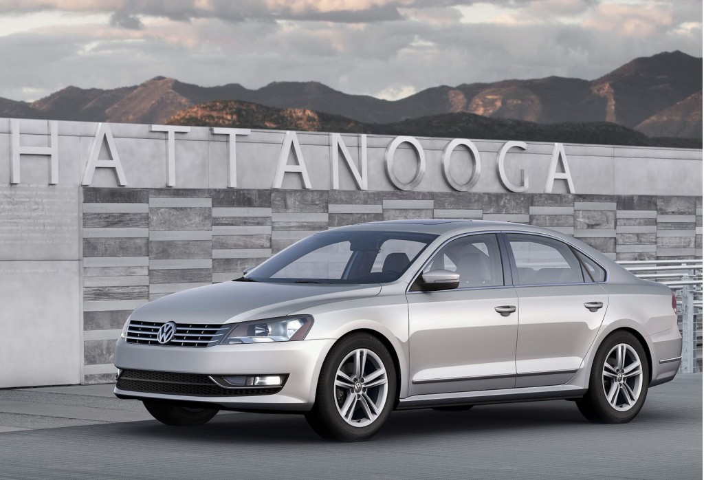"2012 Volkswagen Passat Grabs IIHS ""Top Safety Pick"" Award"